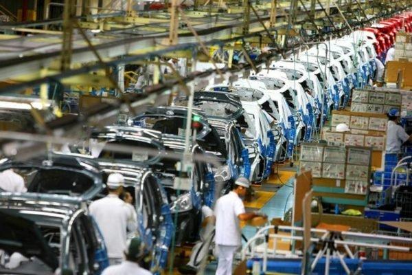 آرامش مطالبه امروز صنعت خودروسازی کشور است؛ تغییرات مدیریتی متعدد مشکلی را حل نمیکند