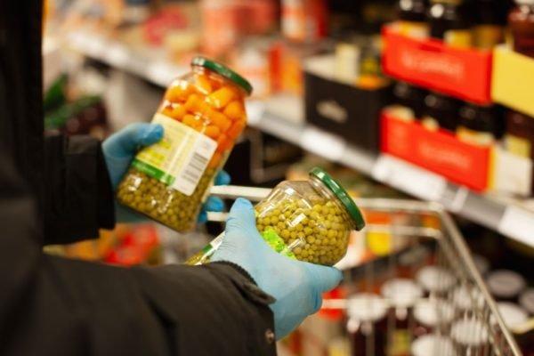 FDA و وزارت کشاورزی آمریکا: احتمال انتقال کرونا از غذا و بسته بندی غذاها کم است