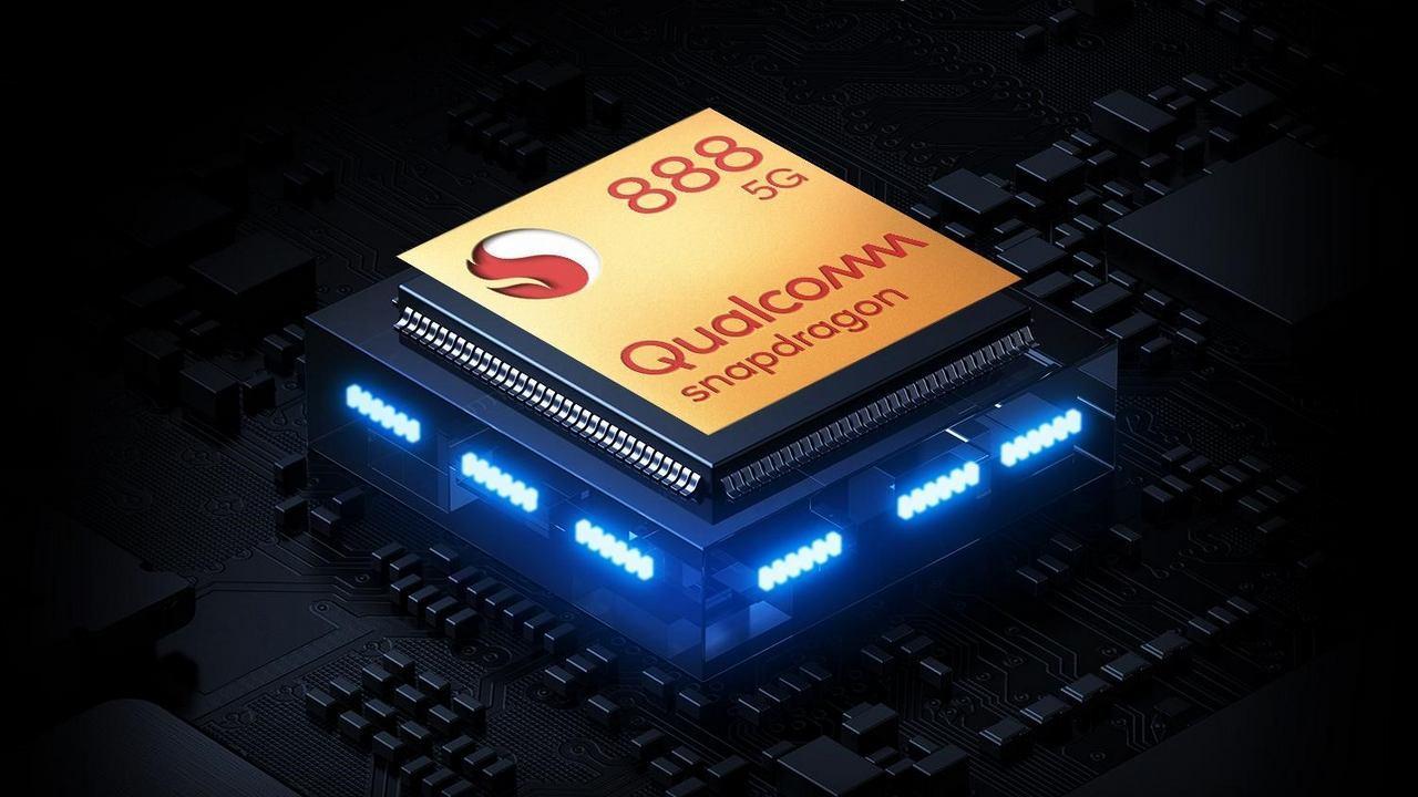 کوالکام روی نسخههای پرو، 4G و وایفای چیپست اسنپدراگون ۸۸۸ کار میکند