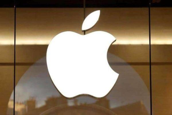 «استلا لو» پس از ۲ سال صندلی خالی معاون ارتباطات جهانی اپل را پر میکند