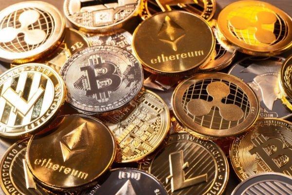 نظرسنجی جیپی مورگان: ۲۲ درصد سازمانها احتمالا در رمزارزها سرمایهگذاری میکنند