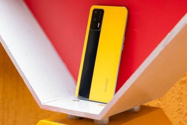 گوشی پرچمدار ریلمیGT 5G با اسنپدراگون ۸۸۸ و قیمت ۴۳۰ دلاری معرفی شد
