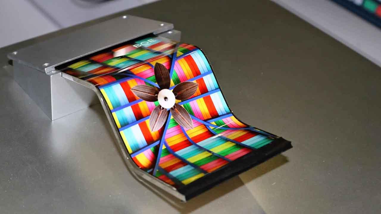 سامسونگ احتمالا برای اولین بار از پنلهای OLED انعطافپذیر BOE استفاده میکند