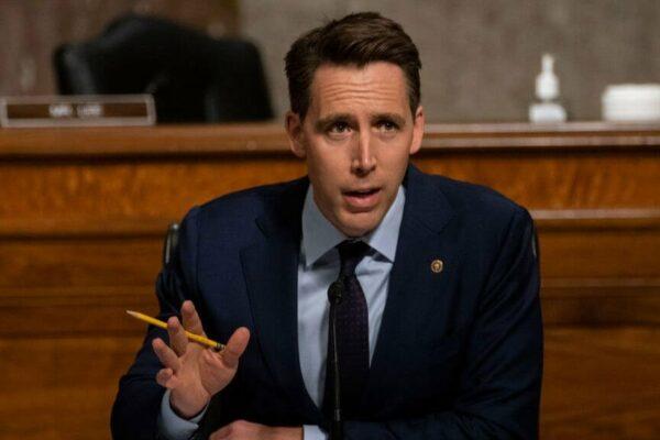 یک سناتور آمریکایی با لایحهای میخواهد مانع از خرید و ادغام غولهای فناوری شود