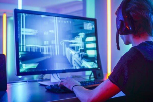 یوبیسافت برای مبارزه با تقلب در بازیهای کامپیوتری شرکت GameBlocks را خرید