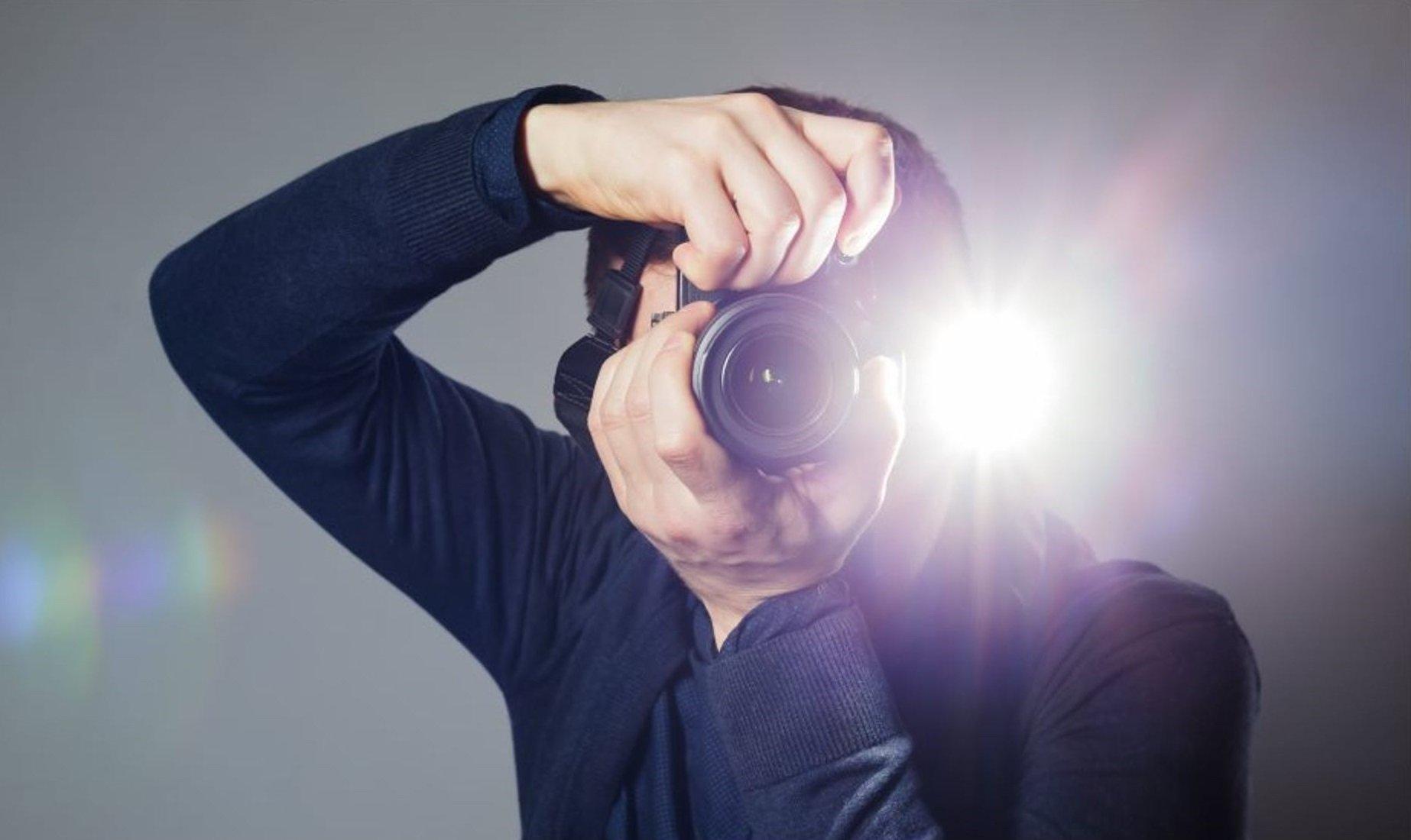 چه زمانی در عکاسی باید از فلاش استفاده کنیم؟