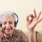 موسیقی درمانی به بهبود کیفیت خواب افراد مسن کمک میکند