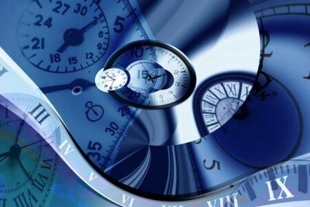 آیا سفر در زمان واقعا امکانپذیر است؟