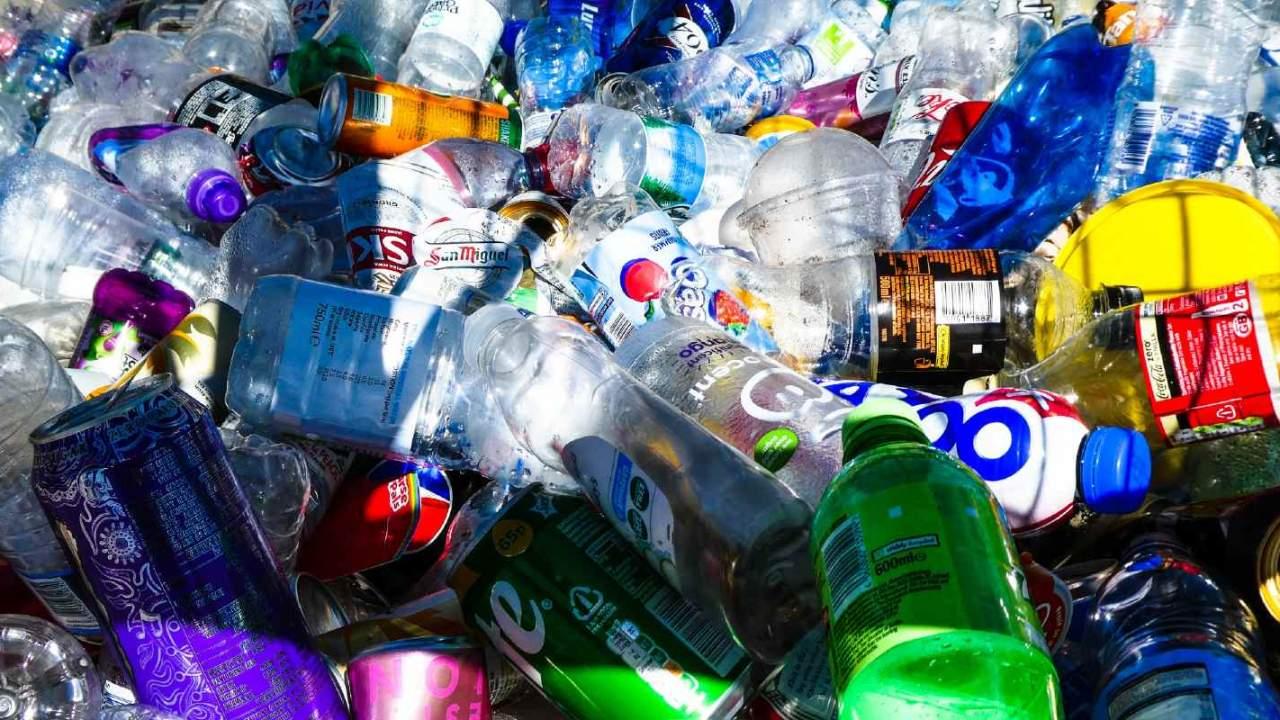 توسعه پلاستیک جدیدی که در یک هفته با اکسیژن و نور خورشید تجزیه میشود