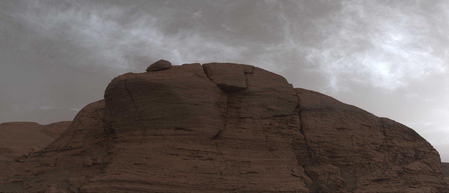 مریخنورد کنجکاوی تصاویری از ابرهای درخشان سیاره سرخ ثبت کرد