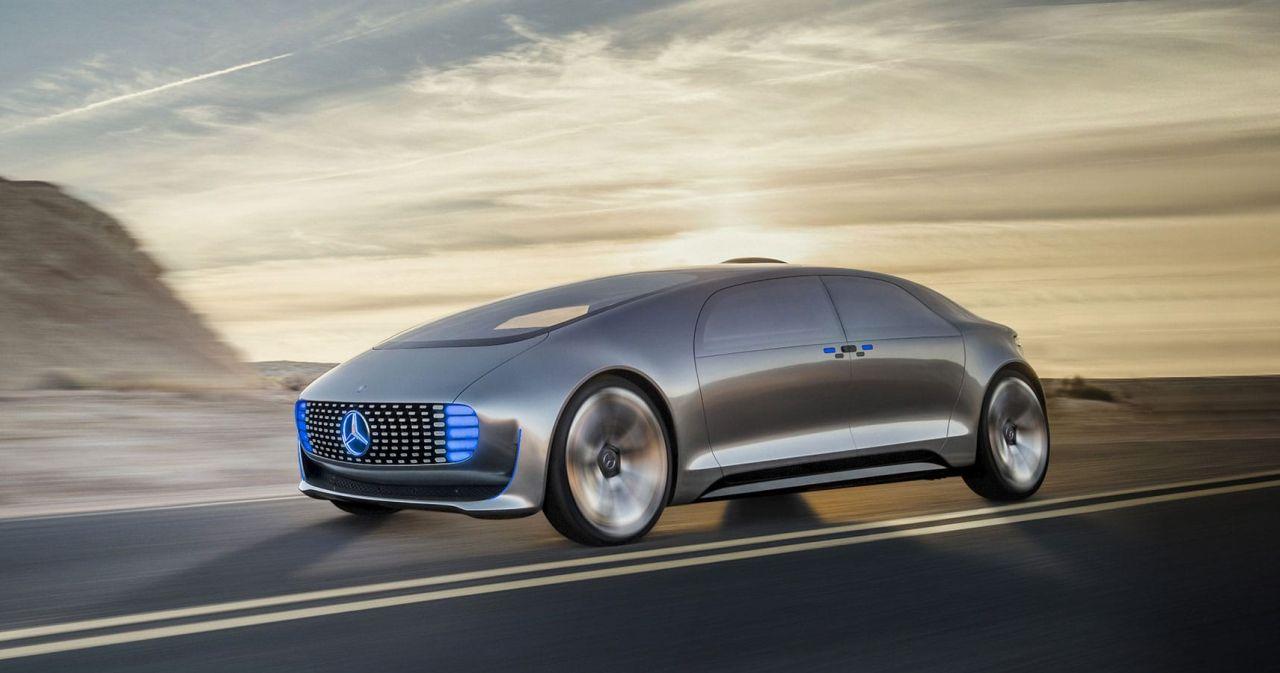 آلمان به اولین کشور جهان برای تردد قانونی اتومبیلهای کاملا خودران تبدیل میشود
