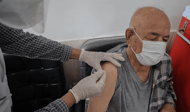 واکسیناسیون کرونا برای افراد بالای ۷۵ سال در کشور آغاز شد