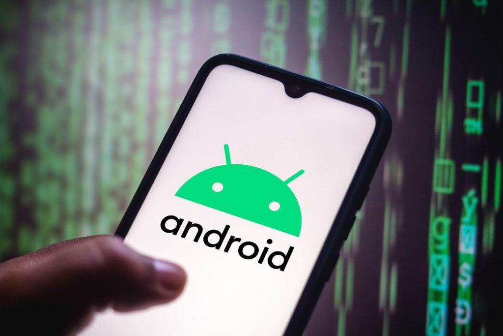 هند گوگل را به سوءاستفاده از جایگاه برتر اندروید در بازار متهم کرد