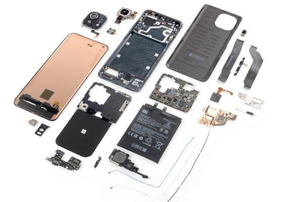 دشوار کردن قابلیت تعمیرپذیری دستگاهها به مشاغل کوچک و کاربران آسیب میزند