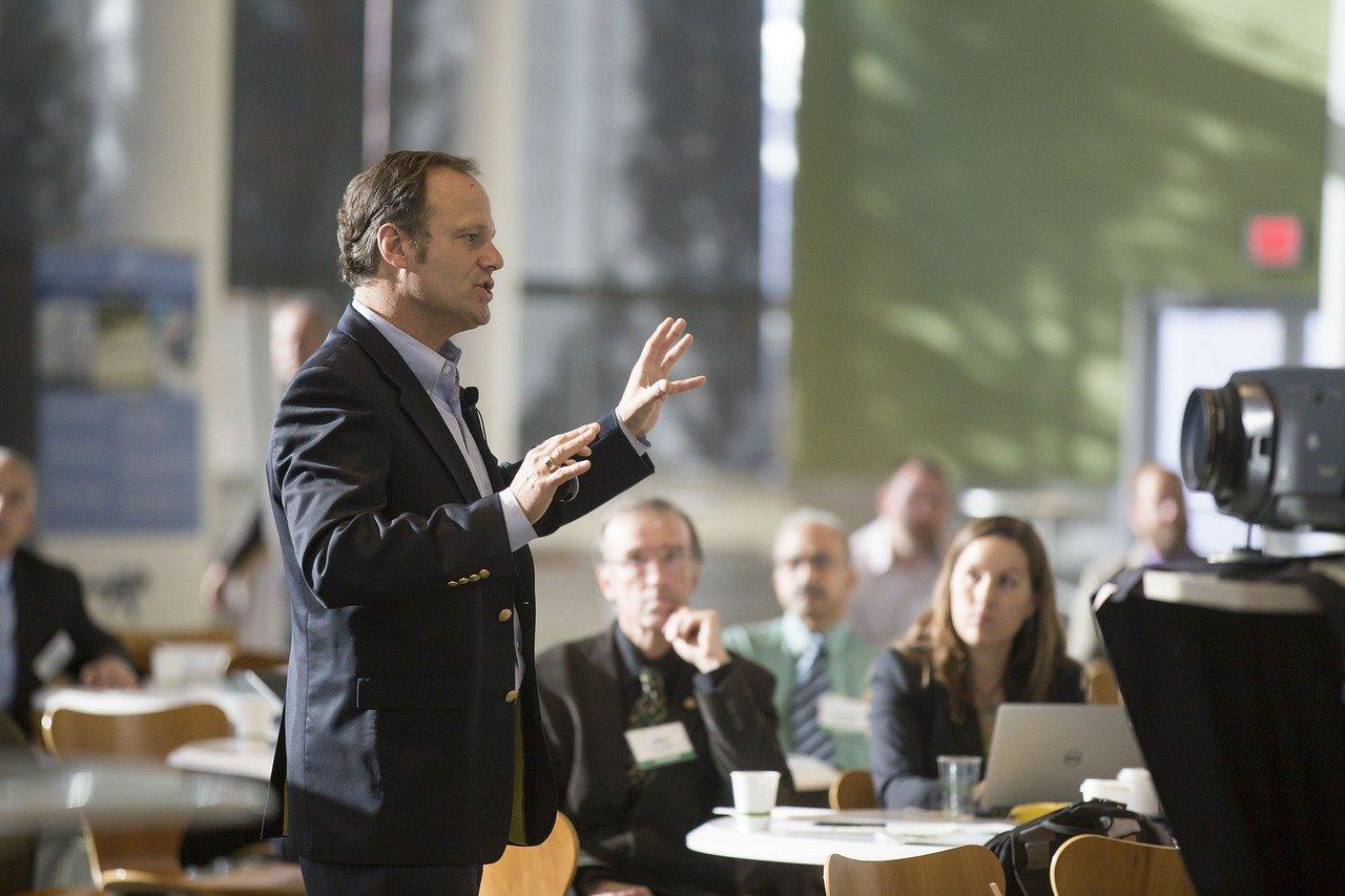 هفت خصوصیت مهم که یک رهبر موفق باید داشته باشد