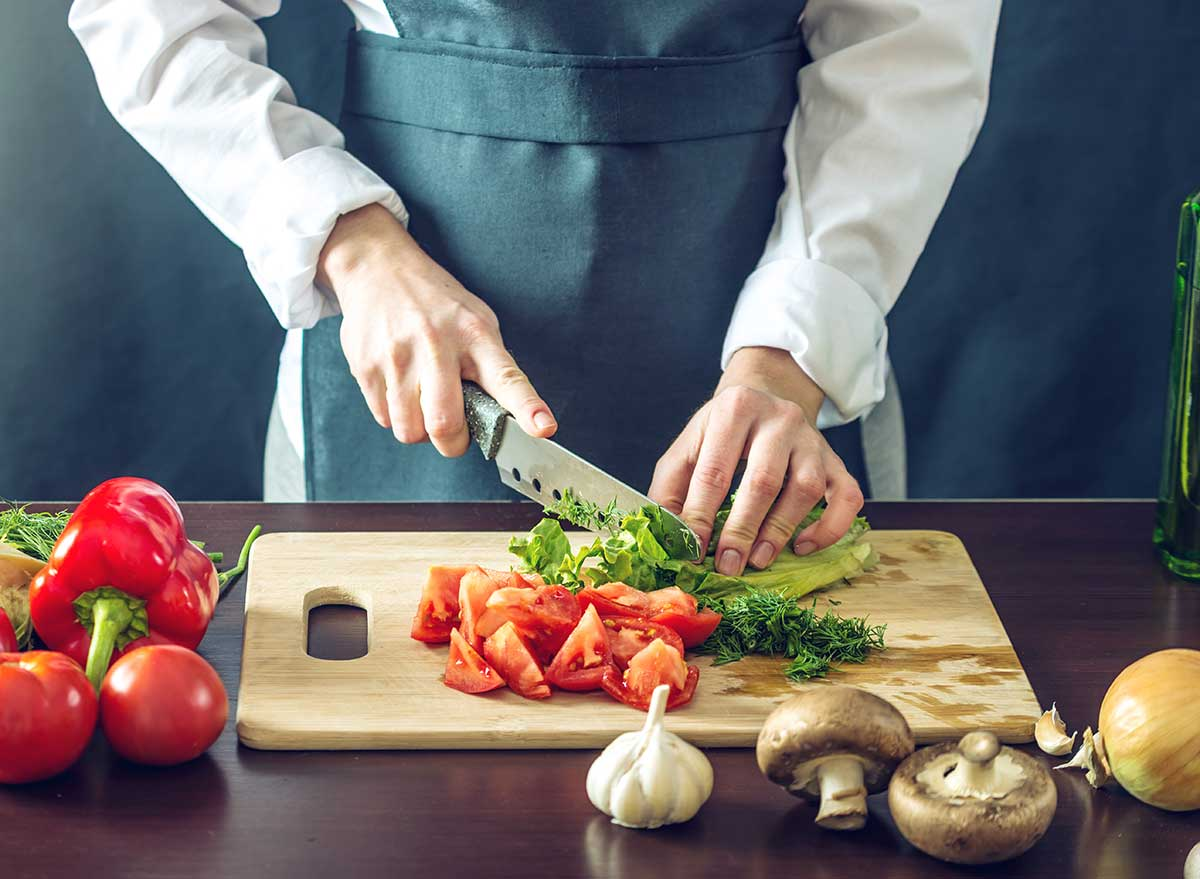 مطالعه جدید: خوردن ۴۷۰ گرم میوه و سبزیجات به کاهش استرس کمک میکند