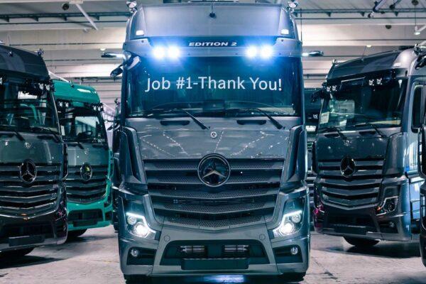 مرسدس بنز اولین کامیون لوکس بازار را راهی خط تولید کرد؛ تنها ۴۰۰ دستگاه برای عاشقان آکتروس edition 2