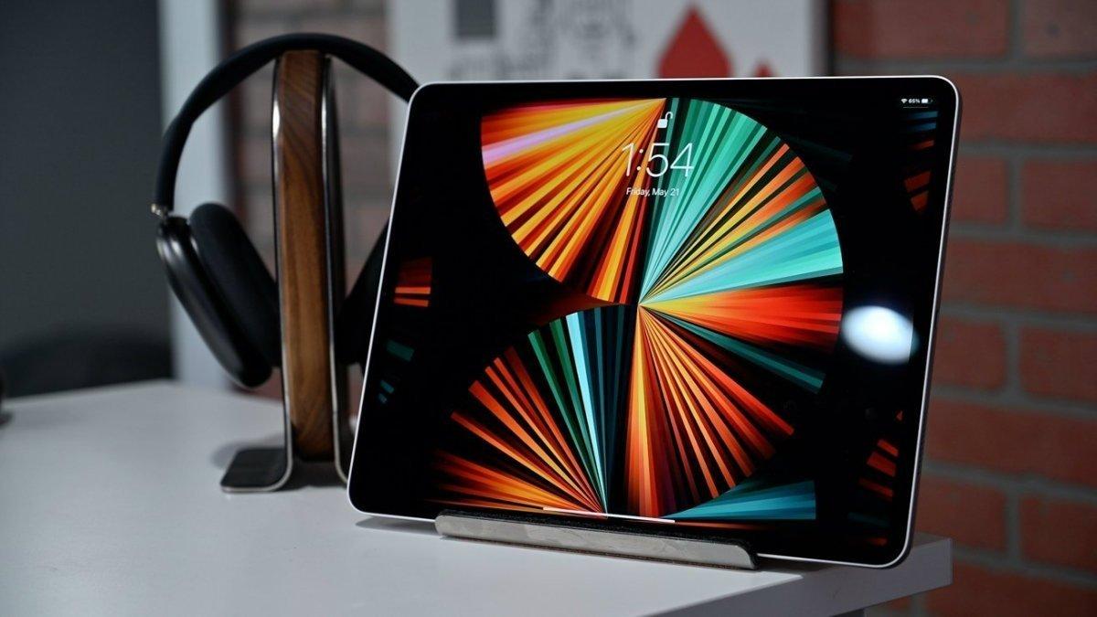 آینده برای نمایشگر محصولات اپل چه شکلی خواهد بود؟