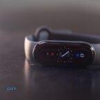 آپدیت جدید شیائومی می بند ۶ قابلیت چراغ قوه را به این دستبند هوشمند اضافه میکند