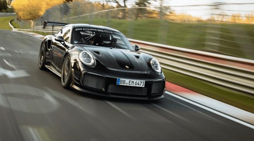 جنگ بی پایان؛ پورشه 911 GT2 RS رکورد سریعترین خودرو تولید انبوه پیست نوربرگ رینگ را شکست