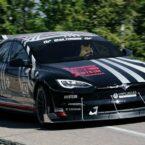 درخشش تسلا مدل S پلید تیونینگ شده در مسابقات پایکس پیک