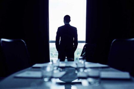 ۱۰ راه برای غلبه بر استرس و تبدیل شدن به یک رهبر تجاری حرفهای