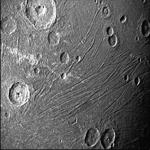ناسا اولین تصاویر نزدیک از «گانیمید»، بزرگترین قمر مشتری را منتشر کرد