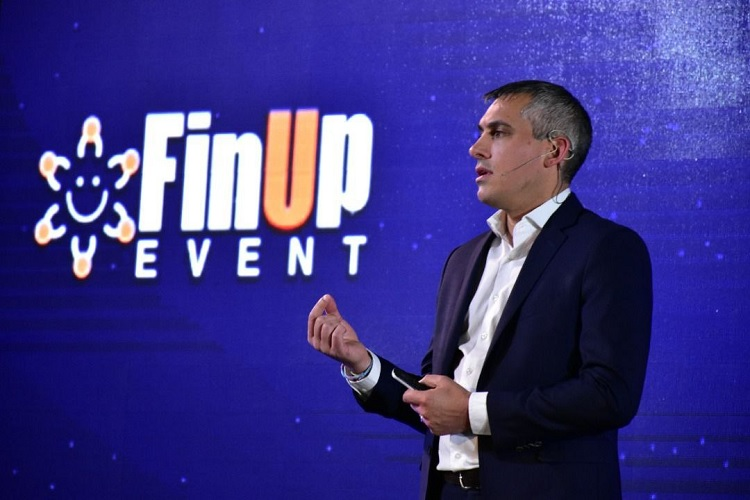 اخبارپانزدهمین رویداد فیناپ برگزار شد؛ از لزوم تحول دیجیتال در بیمه تا چالشهای اینشورتک