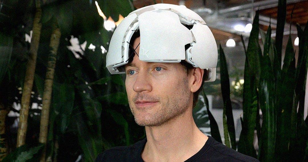 شرکت «کرنل» یک کلاه ۵۰ هزار دلاری با قابلیت ذهنخوانی را بهزودی روانه بازار میکند
