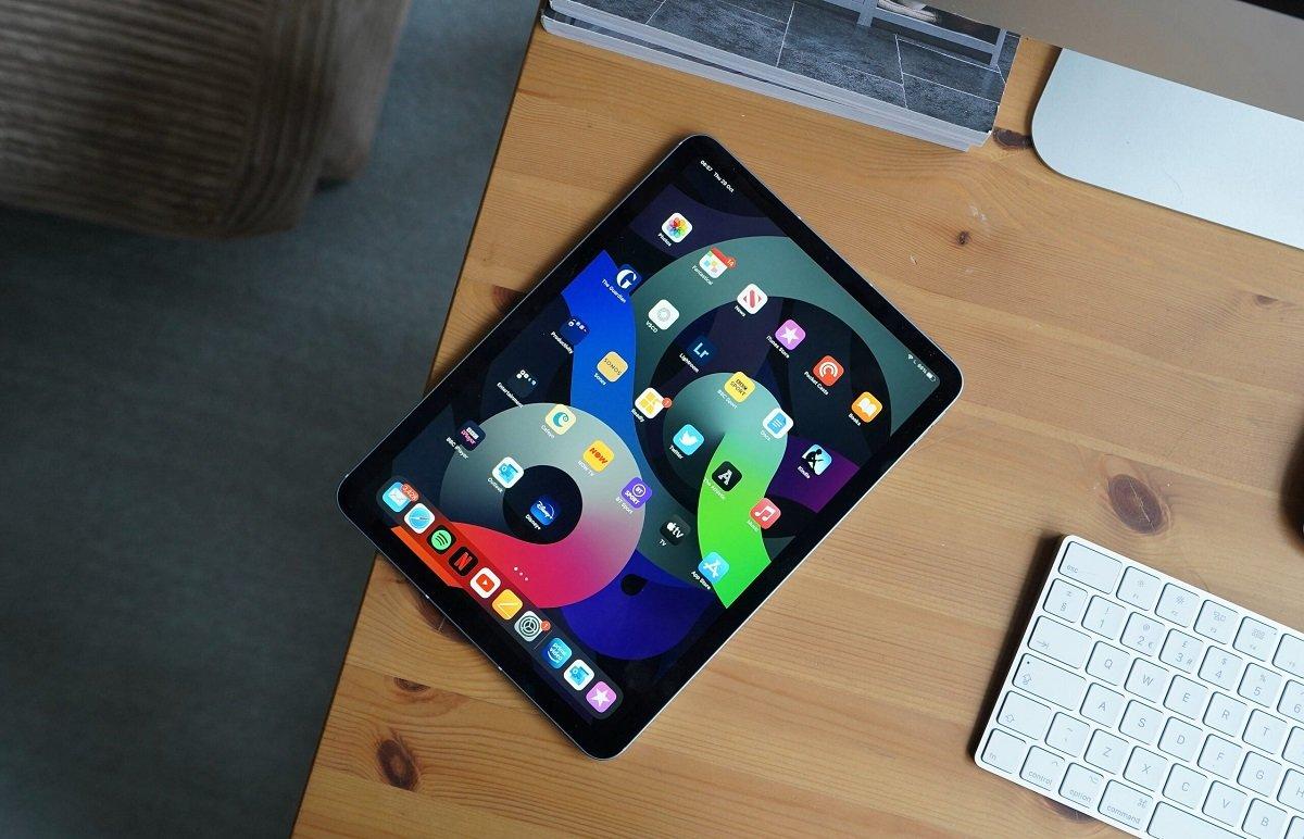مینگ-چی کو: اپل برای آیپد ایر ۲۰۲۲ همچنان از پنل LCD استفاده خواهد کرد