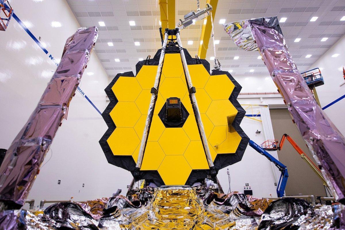 ناسا یک بار دیگر پرتاب تلسکوپ فضایی جیمز وب را به تعویق انداخت
