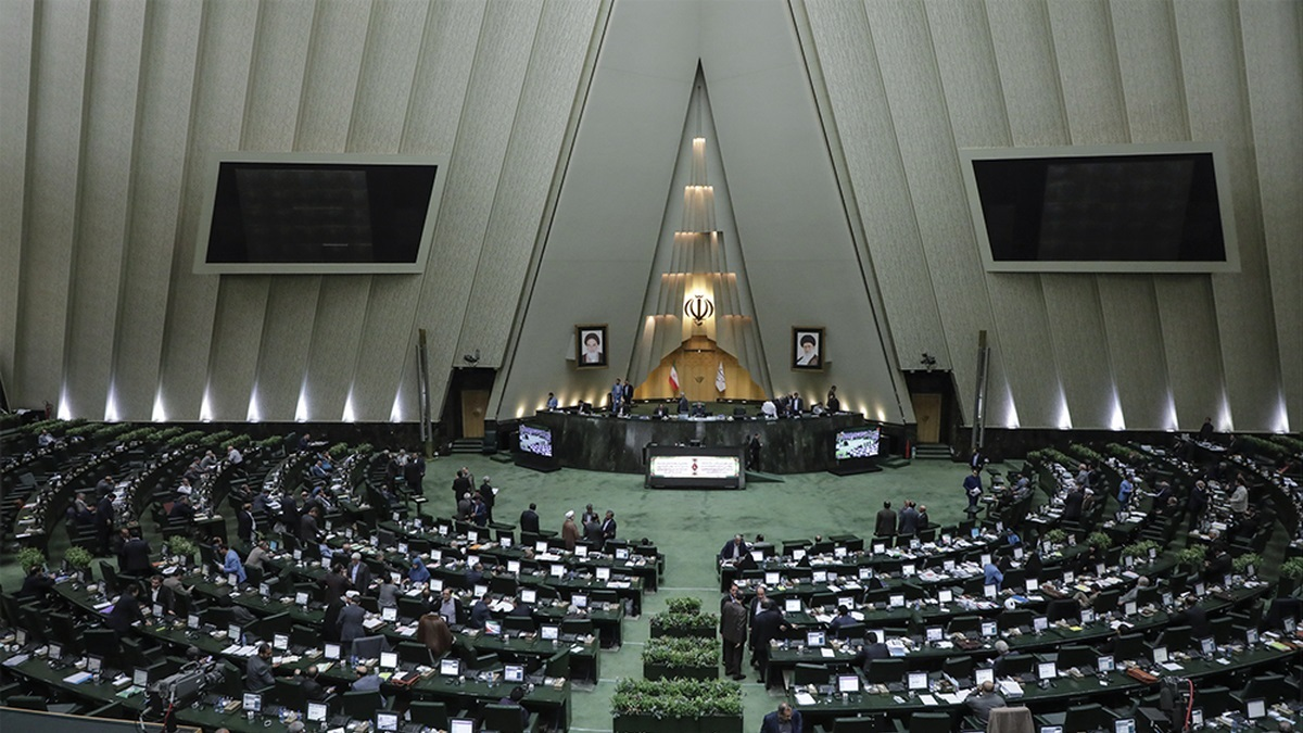 بررسی طرح ساماندهی فضای مجازی به بعد از تعطیلات مجلس موکول شد