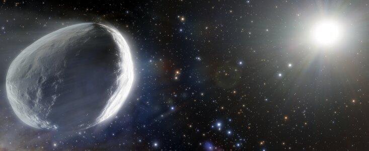 کشف یک دنبالهدار غولپیکر با قطری حدود 100 تا  200 کیلومتر