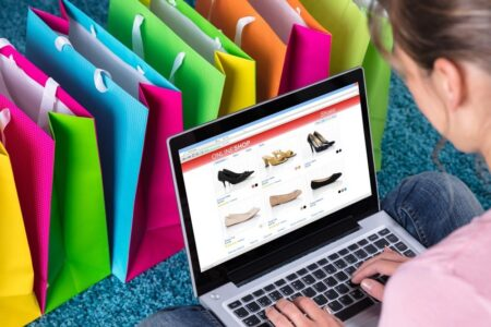 راهنمای خرید آنلاین: از کدام سایتها لباس و کفش اینترنتی بخریم؟