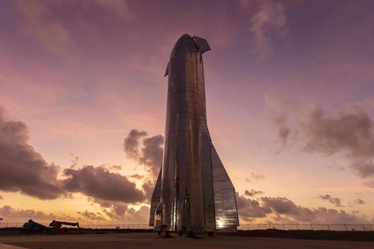 اولین پرواز مداری آزمایشی راکت استارشیپ اسپیس ایکس ماه آینده میلادی انجام میشود