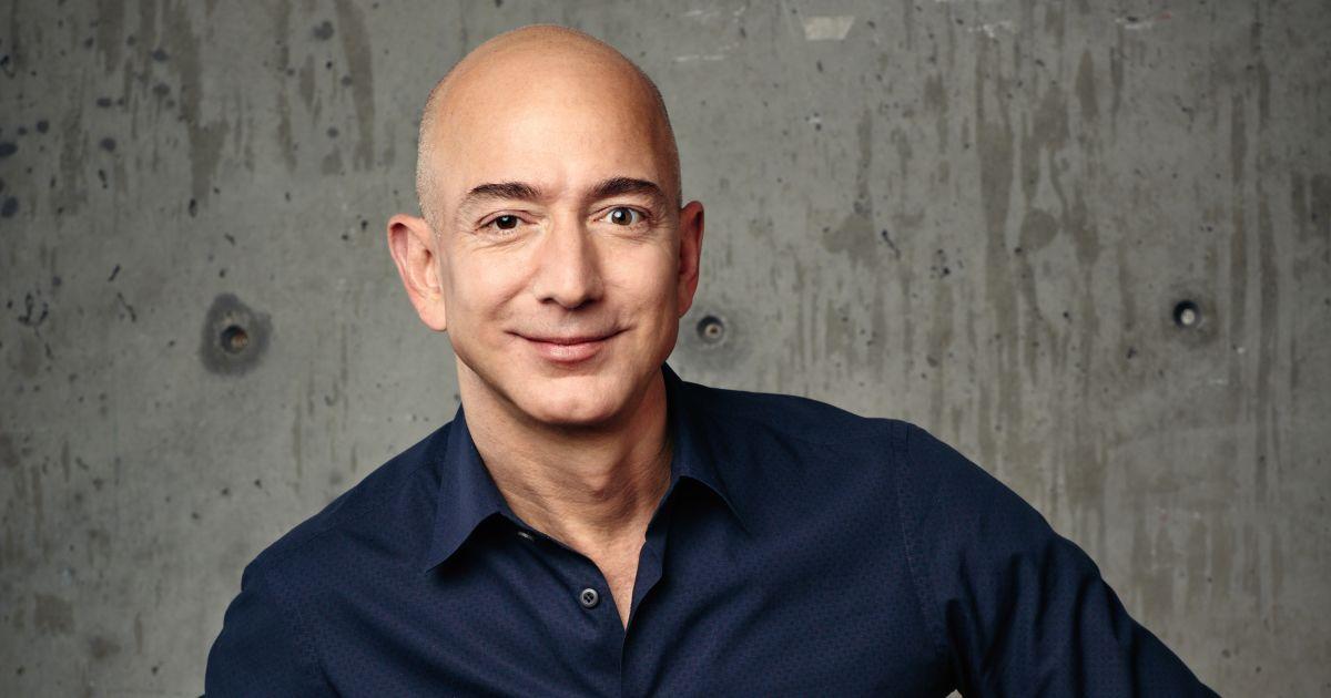 جف بزوس رکوردشکنی کرد: ثروت مدیرعامل سابق آمازون به ۲۱۱ میلیارد دلار رسید