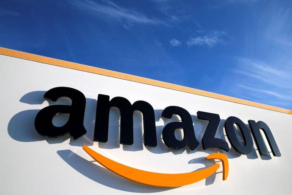 آمازون تصمیمگیری درباره بازگشت کارمندان به محل کار را به خود تیمها واگذار میکند