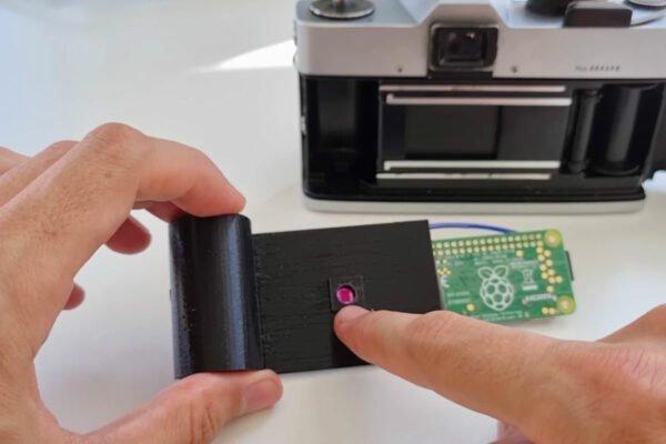 تبدیل دوربین آنالوگ قدیمی به دیجیتال به کمک رزبری پای [تماشا کنید]