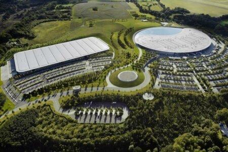 سرمایه گذاری سنگین صندوق ملی عربستان در خودروسازی مک لارن تایید شد