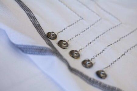 این پیراهن هوشمند با الیاف نانولوله کربنی ضربان قلب را پایش میکند
