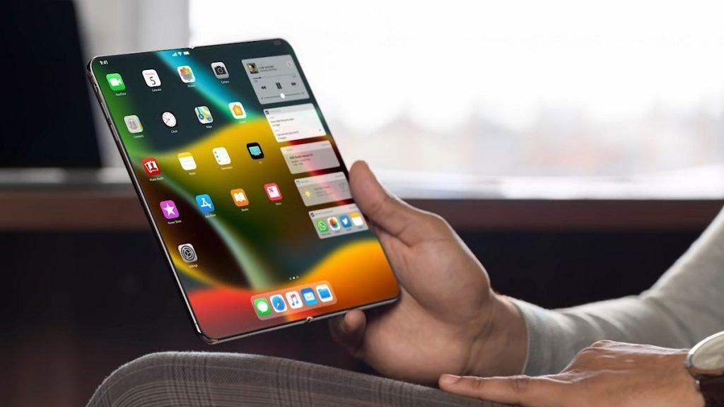 اپل روی توسعه دو مدل آیفون تاشو کار میکند