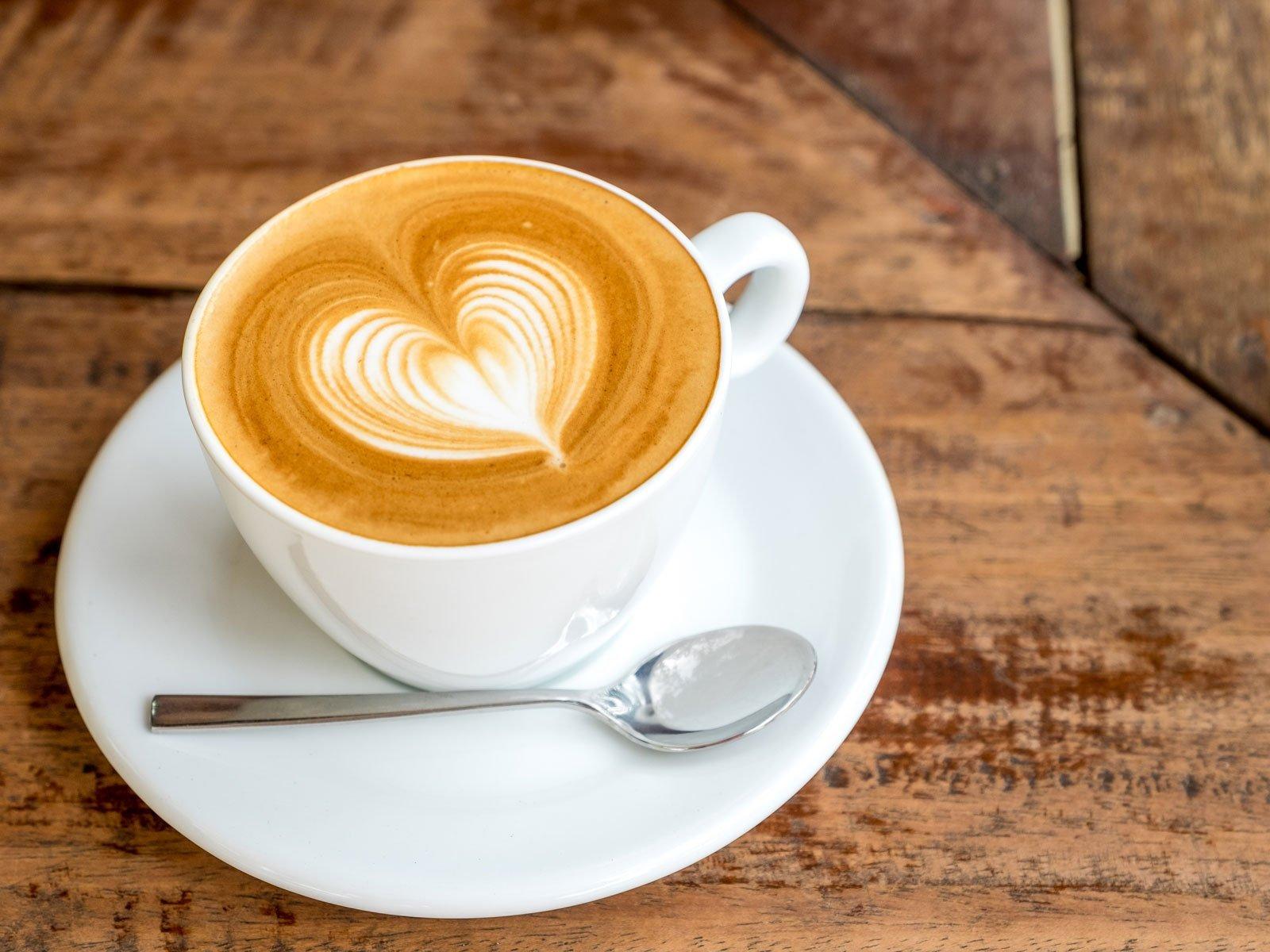 قهوه عملکرد ورزشی را بهبود میدهد؟ کارشناسان پاسخ میدهند