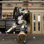 ربات اطلس بوستون داینامیکس اکنون میتواند حرکات شبیه پارکور را انجام دهد [تماشا کنید]