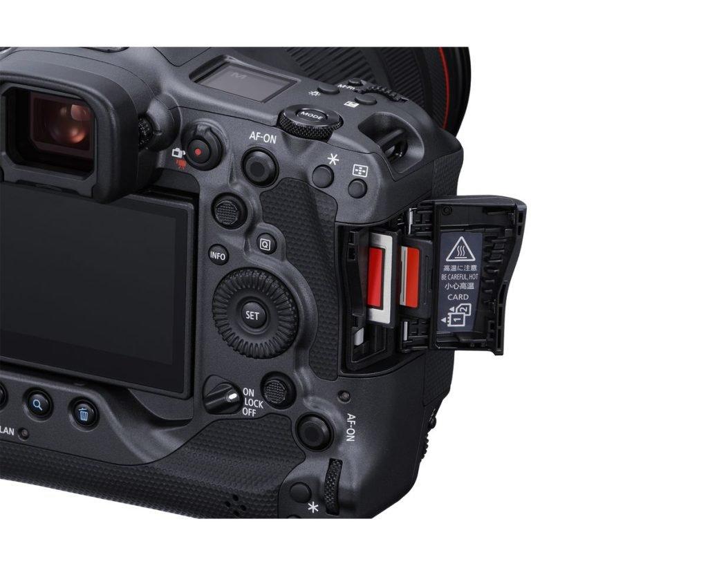 پیشرفتهترین دوربین فول فریم بدون آینه با قیمت ۶۰۰۰ دلار
