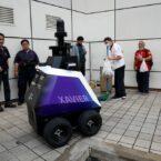سنگاپور با رباتهای پلیس گشتزن، روی رفتارهای اجتماعی نظارت میکند
