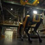 هیوندای با ربات اسپات بوستون داینامیکس روی ایمنی کارخانهها نظارت میکند [تماشا کنید]