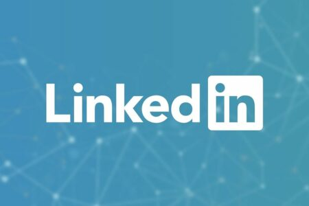 لینکدین تا پایان ماه سپتامبر قابلیت استوری را از پلتفرم خود حذف میکند