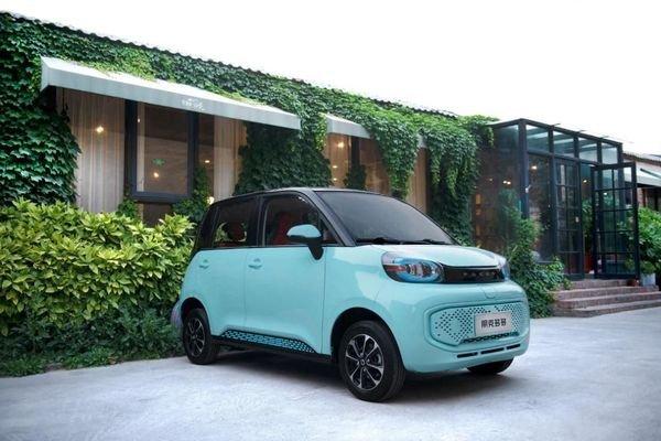 پوکو دودو با قیمت ۱۲۰ میلیون تومان معرفی شد؛ ارزانترین خودرو برقی شهری با حداکثر سرعت ۱۰۰ KM/H