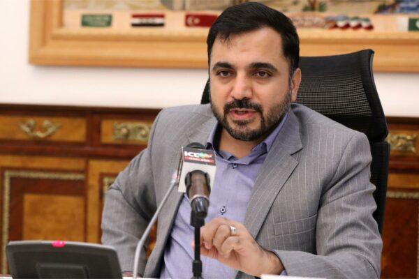 وزیر ارتباطات: گوشی ایرانی توان رقابت با نمونه خارجی را دارد؛ اگر مردم همراهی کنند