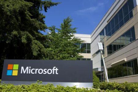 مایکروسافت برنامهاش برای بازگشت کارکنان به دفاتر را تا مدت نامعلومی به تعویق انداخت